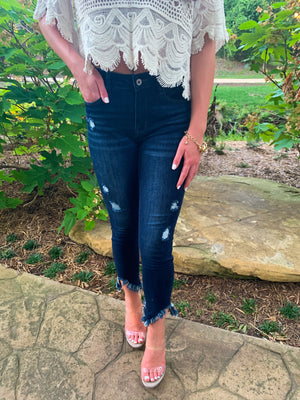 NIBBLE FRAYED BASIC CROP SKINNY JEANS