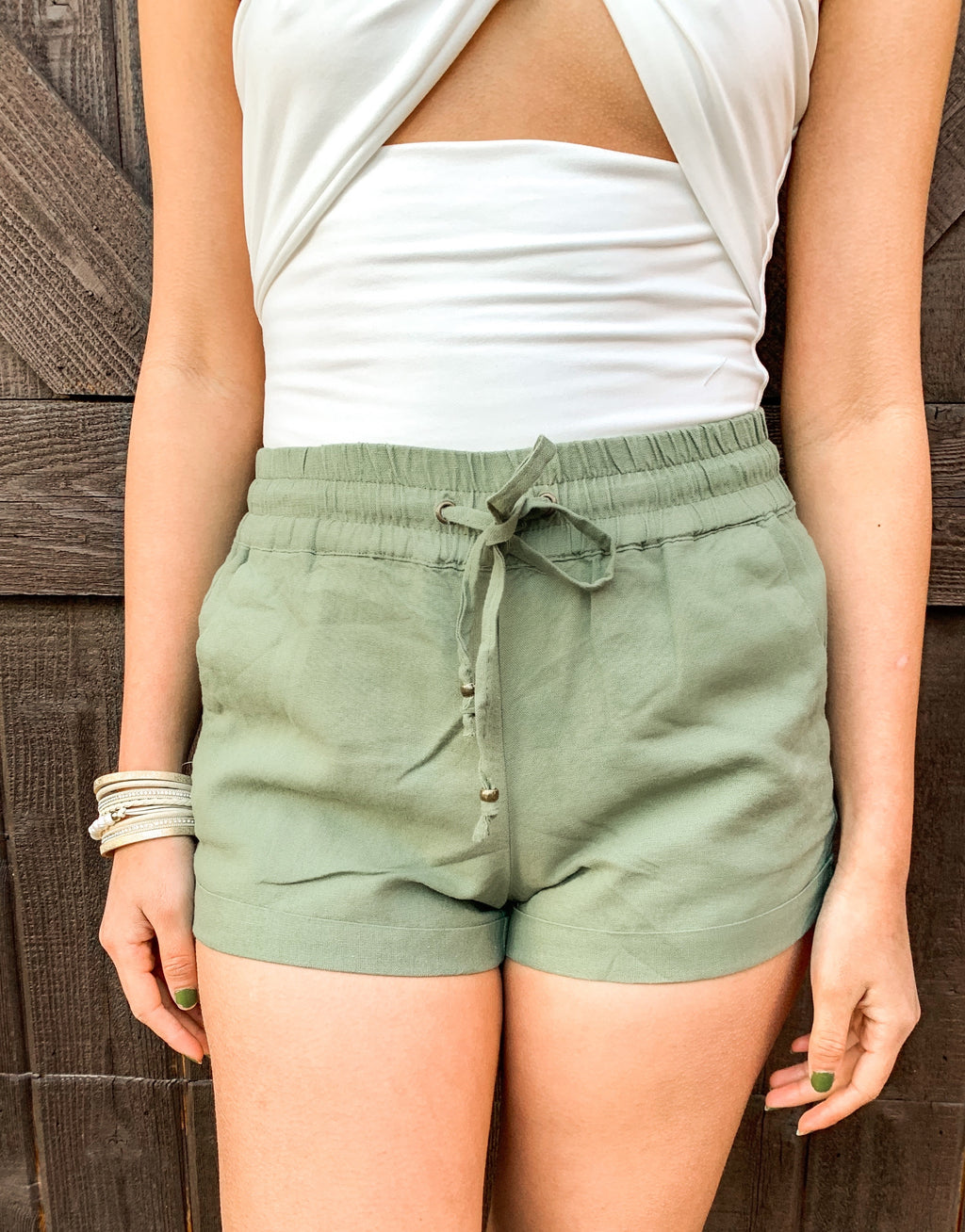 OLIVE LINEN SHORTS W STRING TIE