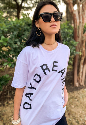 DAYDREAMER OVERSIZED SHORT SLEEVE TEE