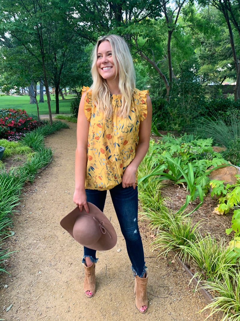 Floral Ruffle Pleated Blouse