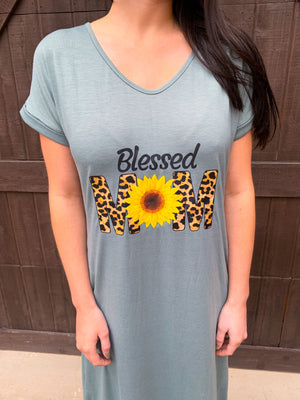 Blessed Mom Graphic Dress  (pre order 5/1)
