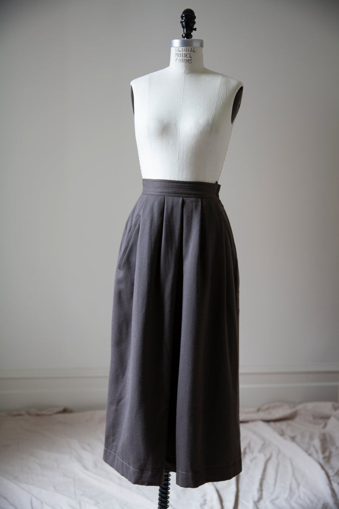 "Taupe Wool Pleated Skirt XS 24.5""w"
