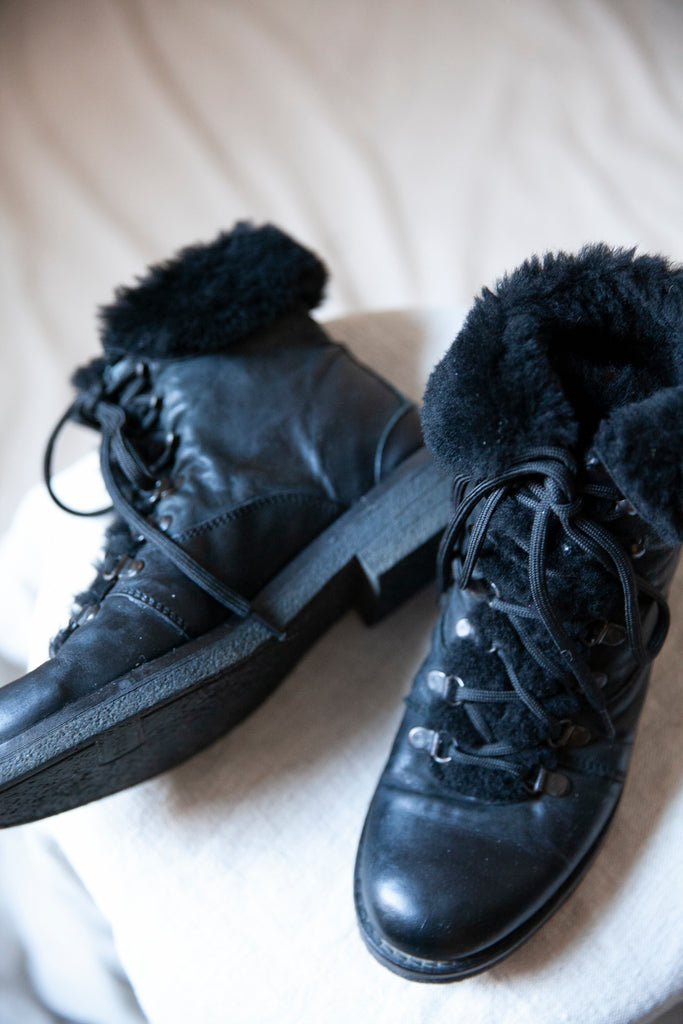 Black Leather and Shearling Boots US 8-8.5