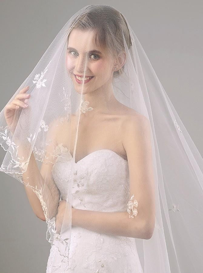 Two Tier Lace Appliques Edge Cathedral Veil Long Wedding Veils V27