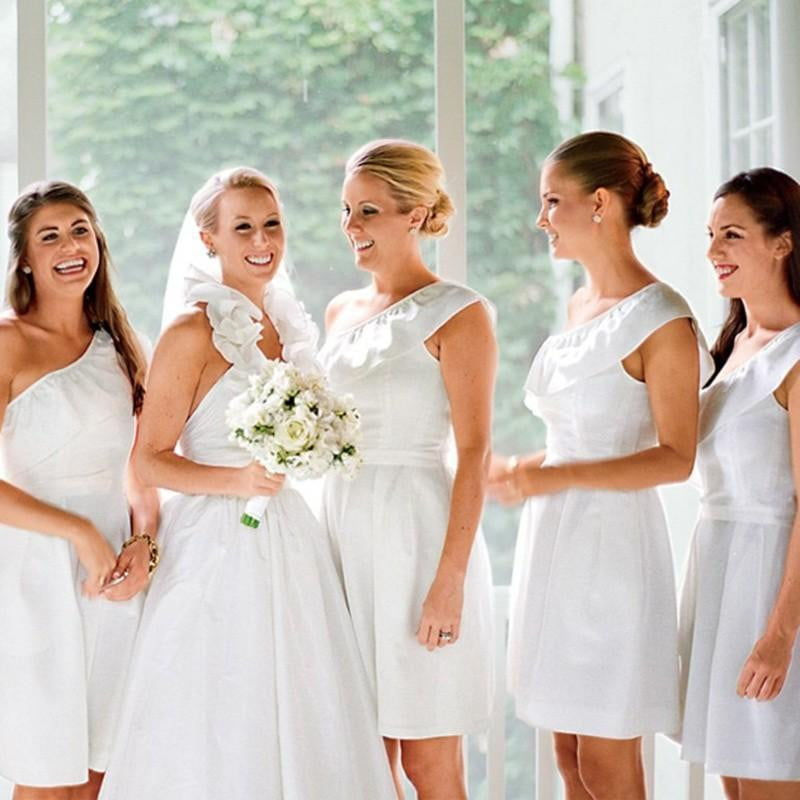 White One Shoulder Sleeveless Short Bridesmaid Dresses A Line Homecoming Dresses