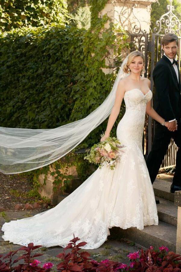 Sweetheart Strapless Wedding Gown,Sweep Train Open Back Appliques Wedding Dress W120