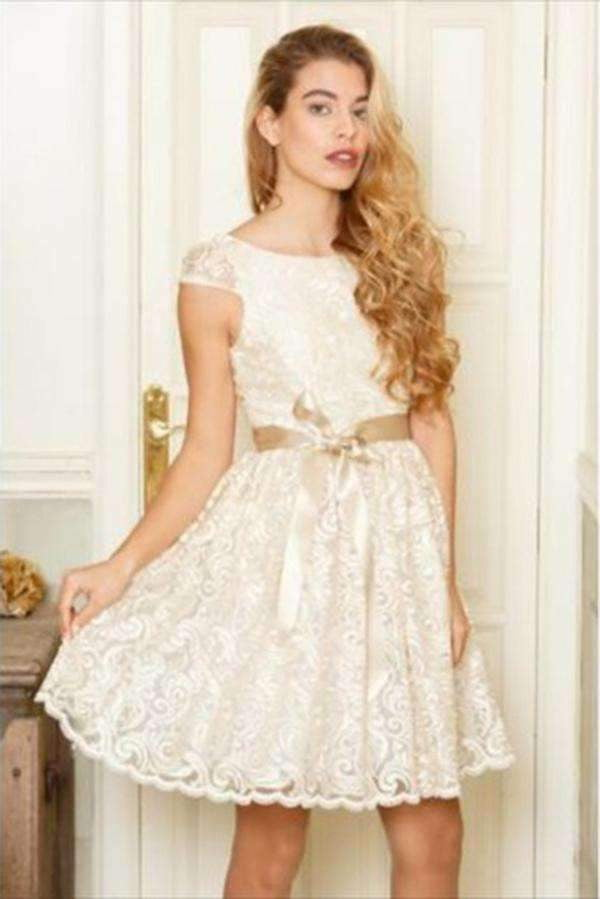 Charming Round Neck Tulle A-line Homecoming Dress M490