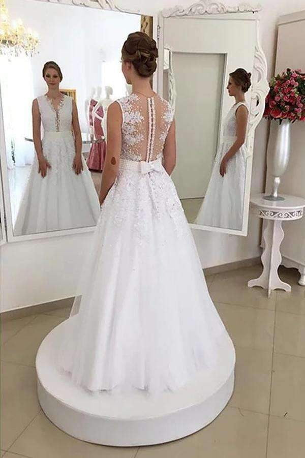Charming Sleeveless Lace Tulle Brush Train With Bowknot Wedding Dresses W378