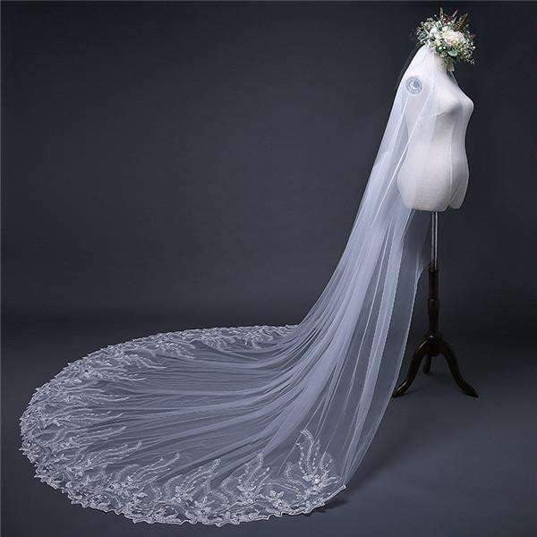 Chic Appliques Veil Long Tulle With Sequined Wedding Veil V35