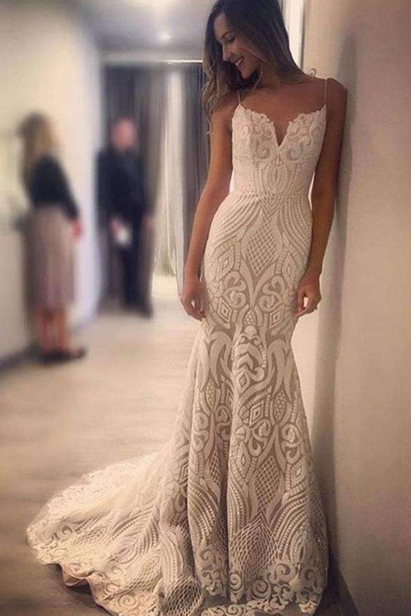 Chic Mermaid Spaghetti Straps Lace Appliques Sleeveless Sweep Train Wedding Dress W389