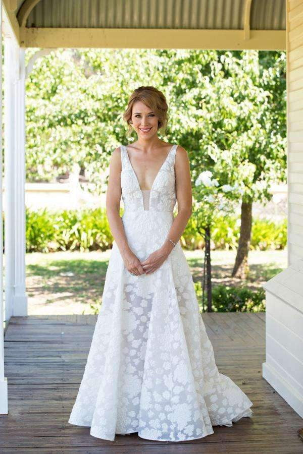 Deep V Neck Beach Wedding Gowns,Sweep Train Appliques Wedding Dress W111