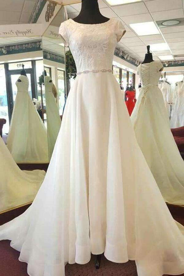 Delicate Round Neck Short Sleeves Sweep Train Lace Appliques Wedding Dress W390