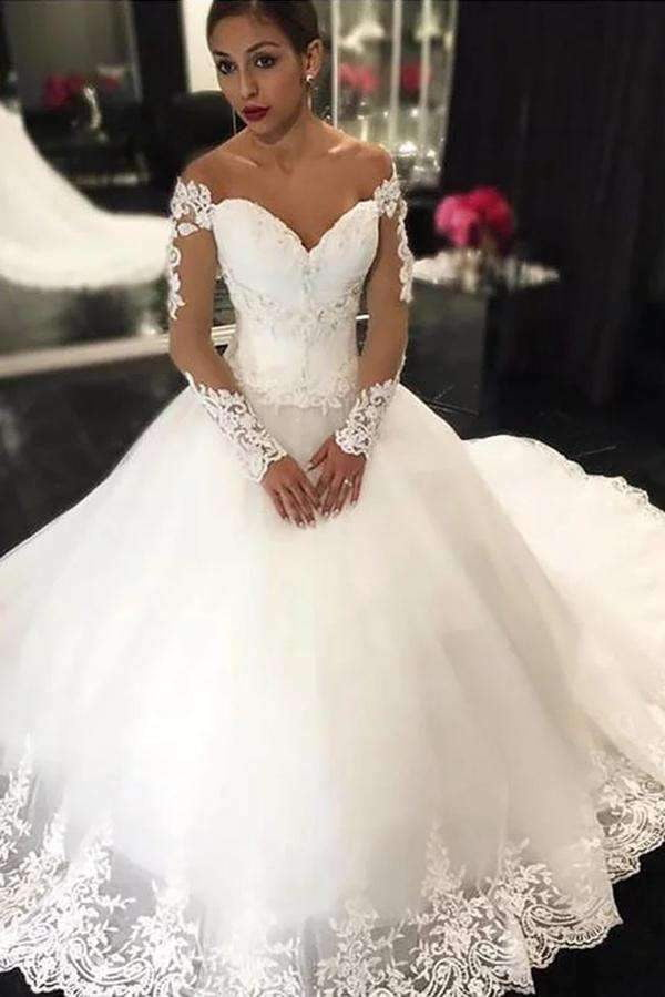 Delicate Sweetheart Long Sleeves Lace Appliques Ball Gown Wedding Dresses W383