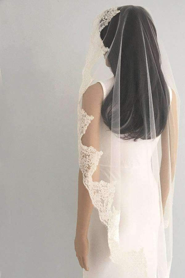 Elegant Tulle With Lace Handmade Appliques Wedding Veils V34