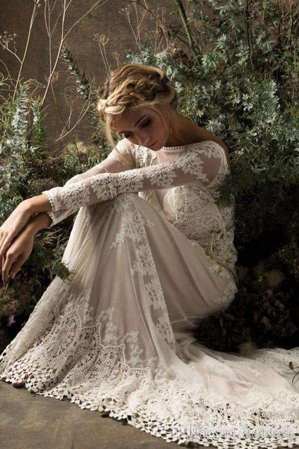 Impressive Round Neck Lace Appliques Long Sleeves Wedding Dresses W369