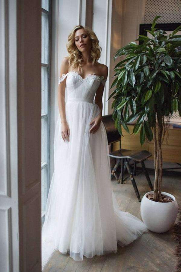 Off Shoulder Sweetheart Tulle Lace Appliques Sweep Train Wedding Dresses W561