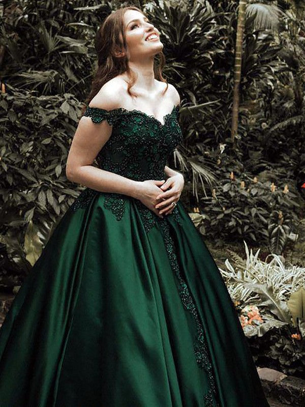 Green Off-the-Shoulder Satin A line Ball Gown Sleeveless Floor-Length Applique Evening Dresses with Lace