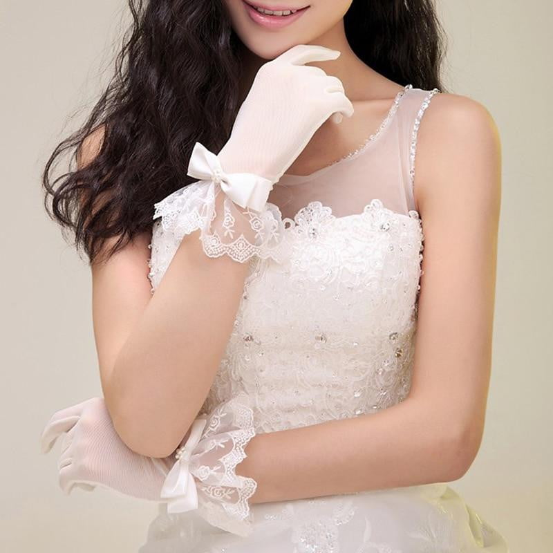 Woman Wedding Gloves Short Wrist Length Tulle Lace Appliqued With Bow White Bridal Party Gifts