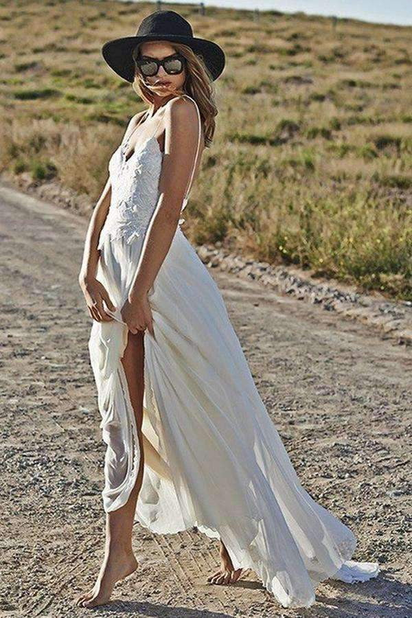Romantic Spaghetti Straps Backless Lace Appliques Floor Length Beach Wedding Dress W411