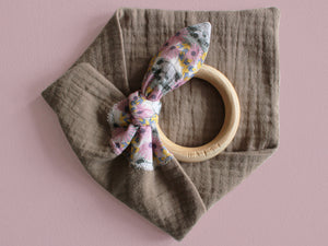 MUZZY TEETHING RING - TAUPE