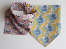 Load image into Gallery viewer, NECKERCHIEF BIB SET - Floral bears