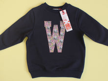Load image into Gallery viewer, INITIAL SWEATSHIRT - Cub print