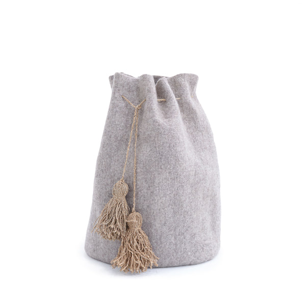High Calabash with Pompons - Grey