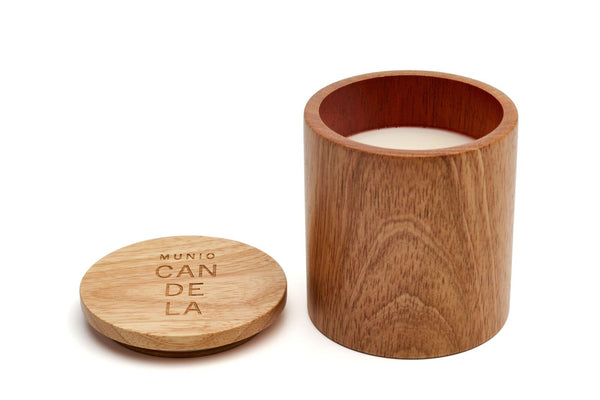 Wooden candle with linden fragrance munio candela
