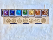 Load image into Gallery viewer, Chakra Pyramid Set