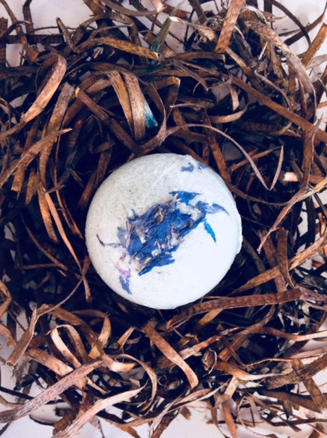 Eucalyptus and Cornflower bath bomb