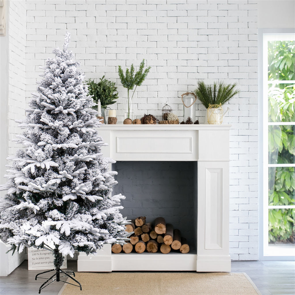 ALEKO CTS83H990 Deluxe Artificial Indoor Christmas Holiday Tree 7 Foot Snow Dusted