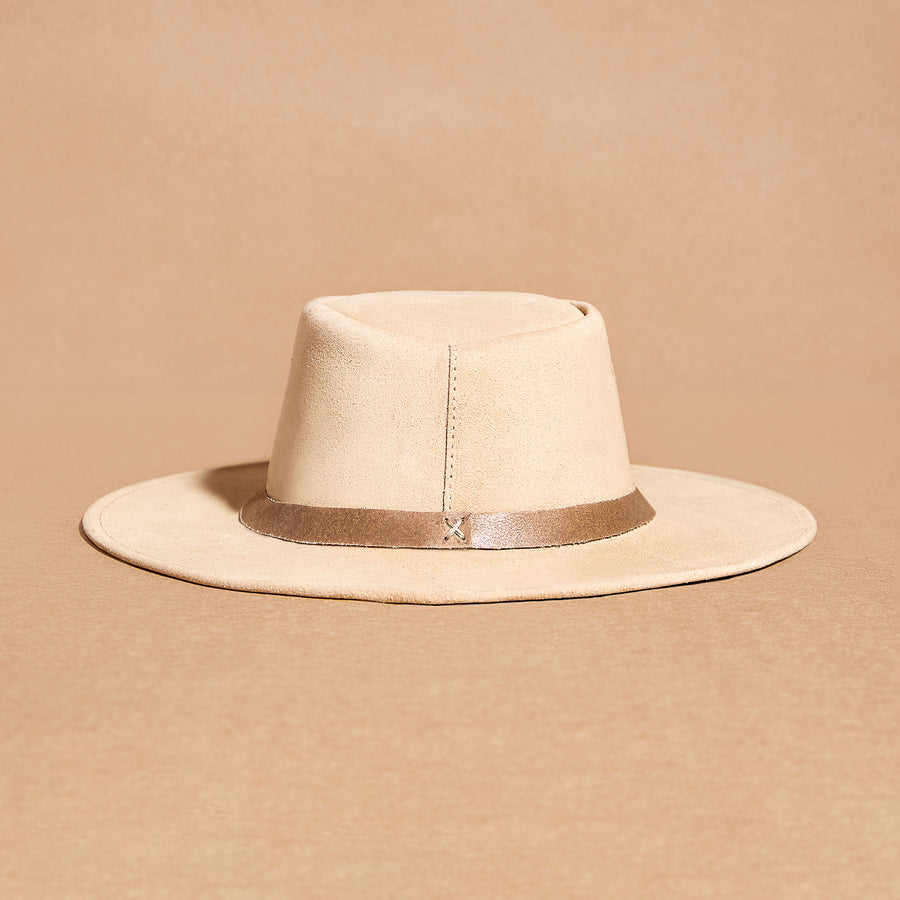 Sand suede hat
