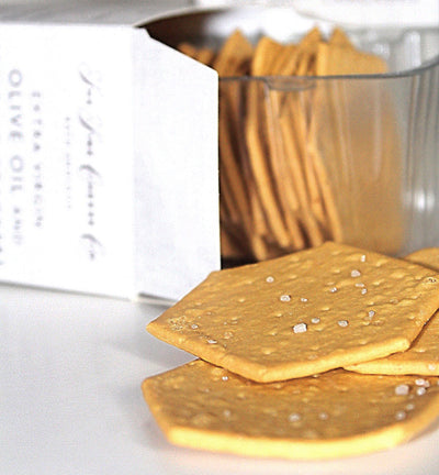 The tastiest 'Crackers' in combination with cheese and spread!