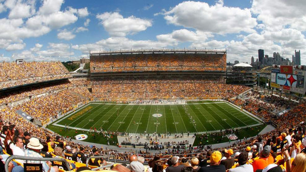 A crowded Heinz Field, Pittsburgh