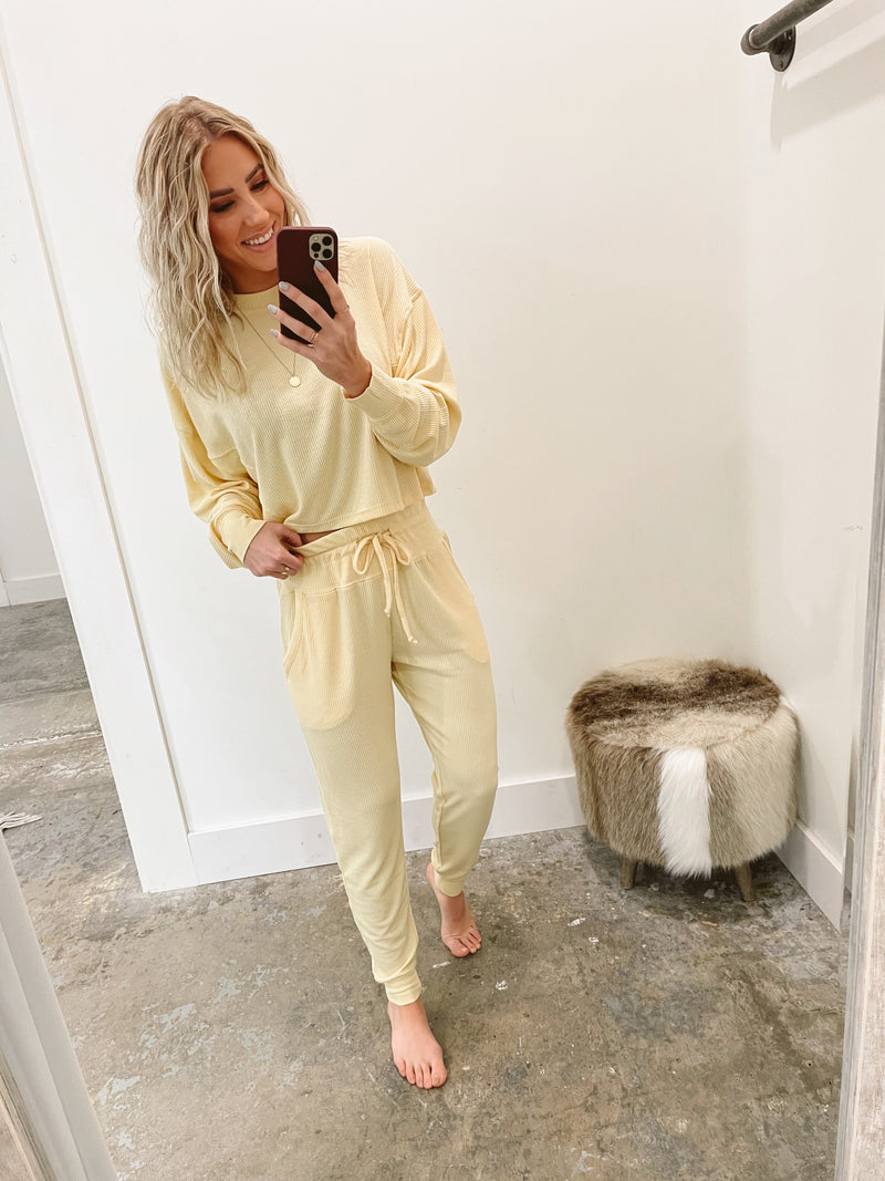 Staying in Joggers Pale Yellow