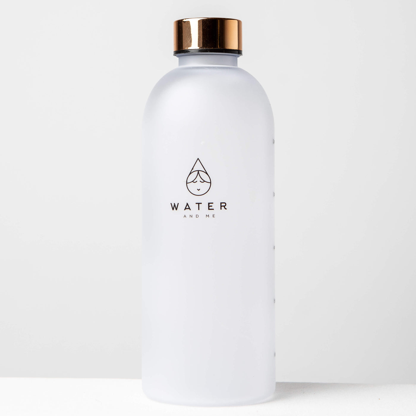 1L Reusable Plastic Water Bottle Time Tracking Gold Front