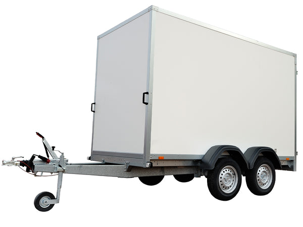 Image of a white trailer.