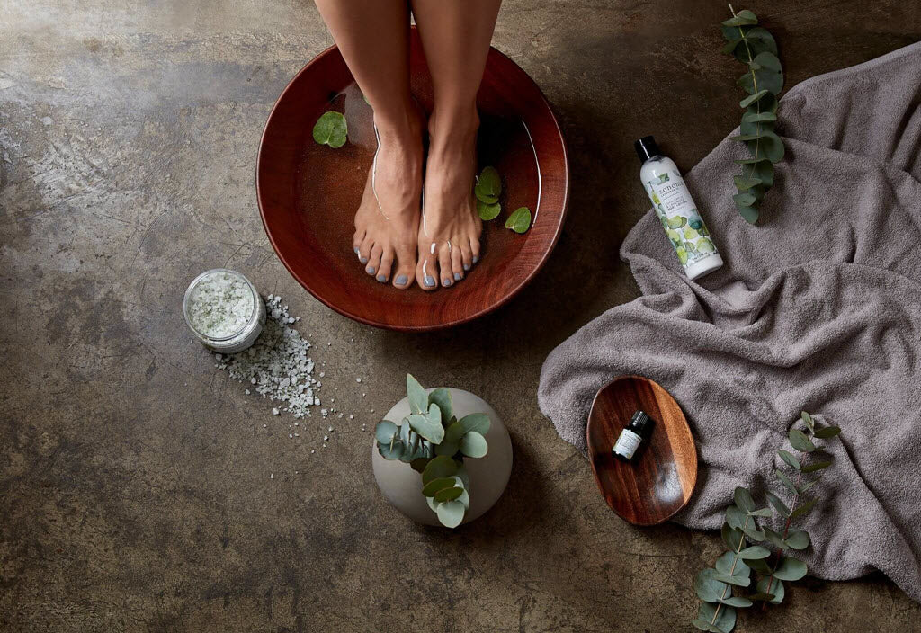 home spa day with friends ideas sonoma lavender