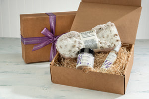 Lavender Hand Treatment Kit with Arctic Circle Spa Mittens