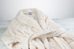 Ultra-Luxe Soft & Cozy Plush Shawl Robe in Ivory