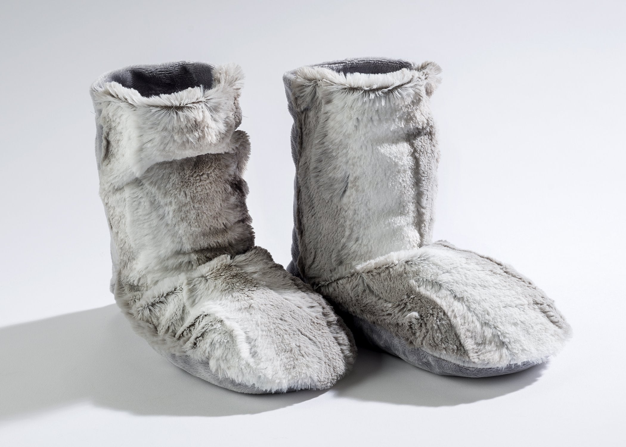 Lavender Spa Booties in Platinum Angora