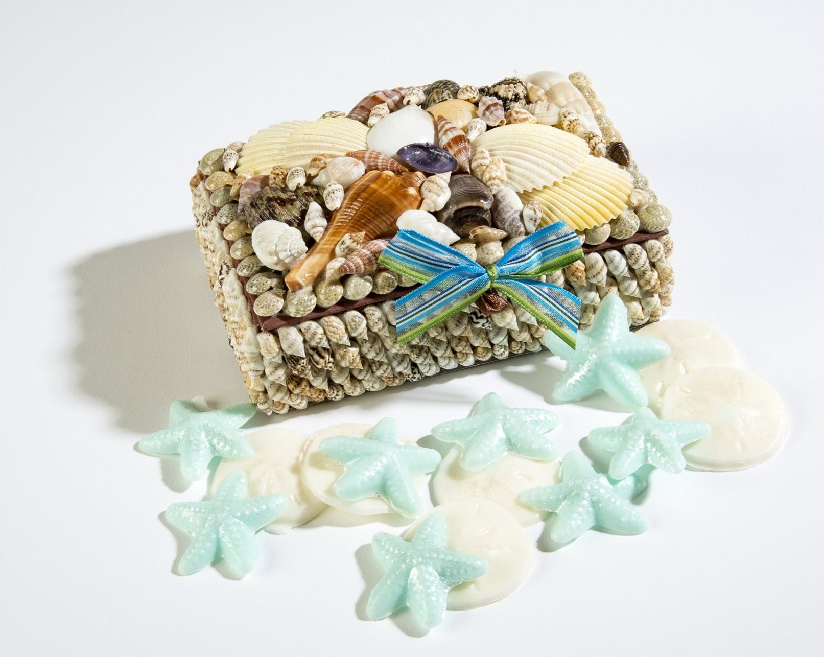 OceanAire Shell Box with Mini Guest Soaps