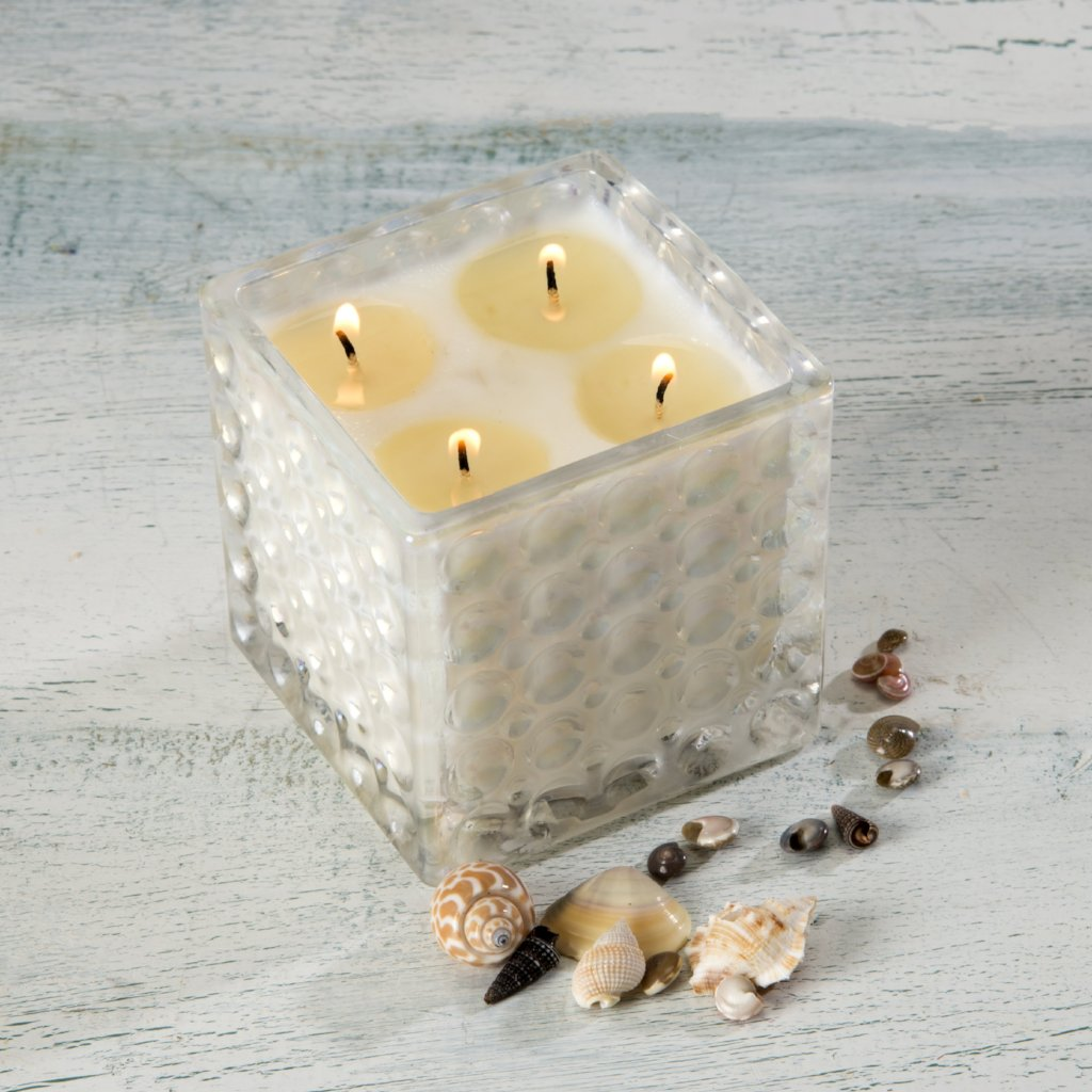 Ocean Aire Scented Soy Candle in Decorative Glass