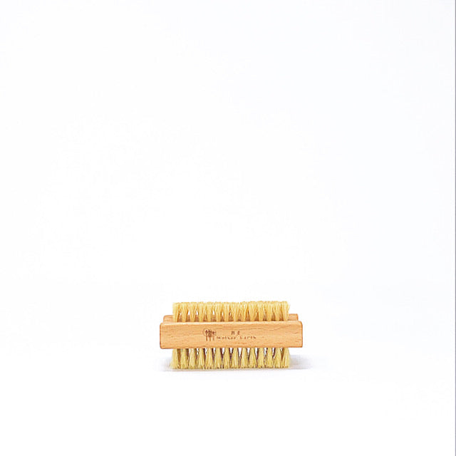 Load image into Gallery viewer, Wood Nail Brush - Vegan/Plastic-free Bristles
