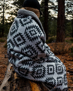 Tahoe Grey Sleeper Blanket