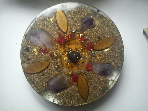 Large Orgone Charging Plate with shungite, ametyst points.