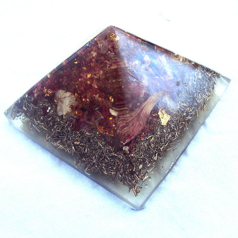 HHG Orgone Pyramid  HHG Orgone Pyramid , herkimmer diamond and shungite
