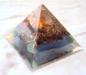 HHG Orgone Pyramid, flower of life. - Lightstones Orgone , orgonite, EMF protection, orgone pendants, orgone devices, energy jewelry