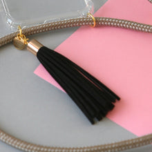 Load image into Gallery viewer, Leather tassel / black