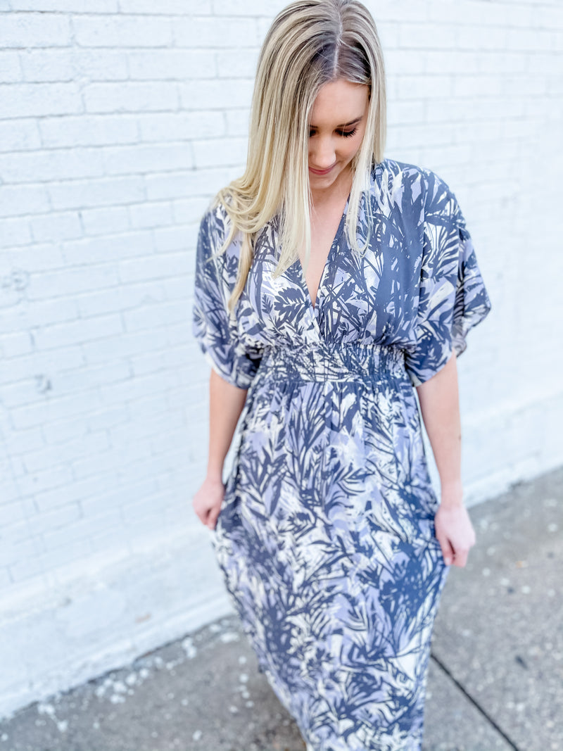 Tropical Print Kimono Sleeve Maxi Dress